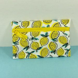 Ipsy Makeup Cosmetic Bag Lemons White Yellow